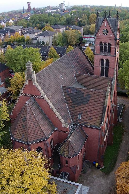 Christuskirche-Aussen-03